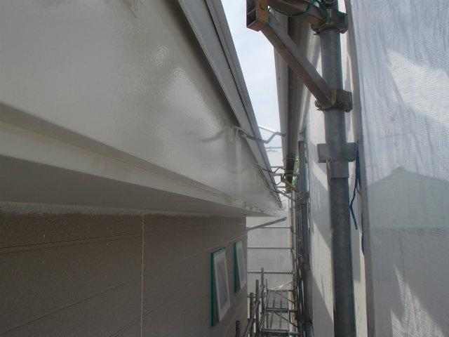 上塗り2回目完了 破風 鼻隠し板