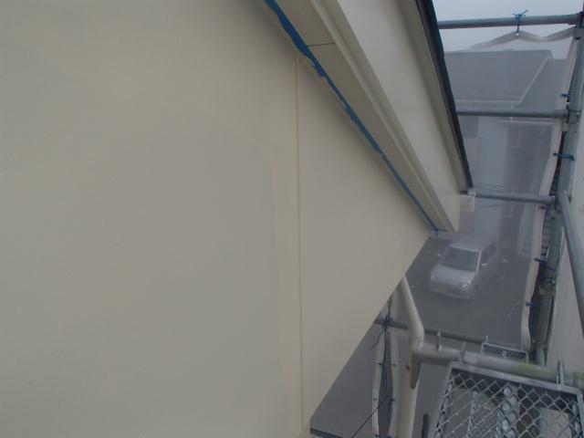 切妻 外壁塗装 上塗り2回塗り