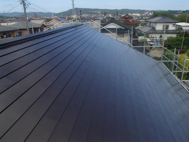南面 トタン屋根塗装 上塗り2回目