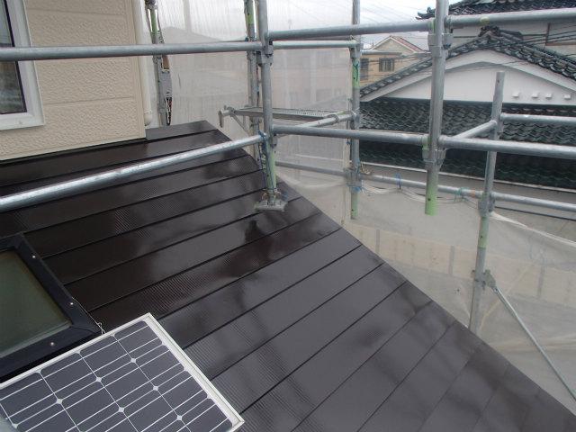 上塗り1回目 トタン屋根