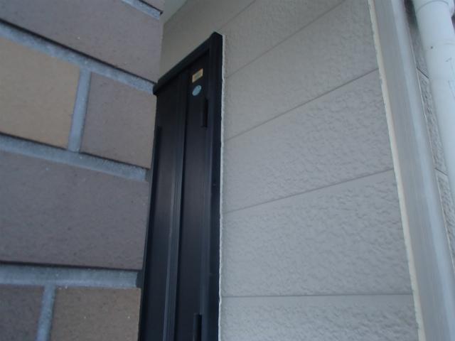 玄関 窓廻り シーリング充填