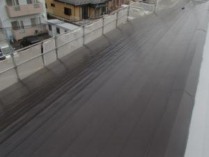 トタン屋根 北面 上塗り1回目完了