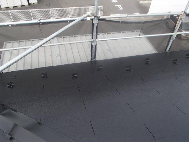 屋根塗装 西面 上塗り2回目