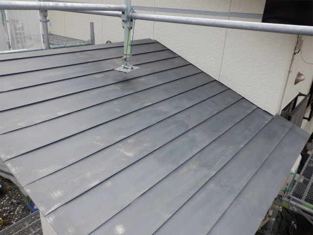 エヌグリット トタン屋根
