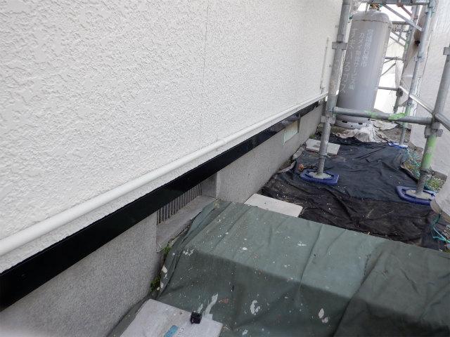 土台水切り 上塗り2回目