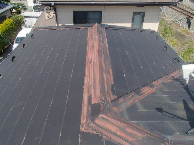 トタン屋根 棟 錆止め露出