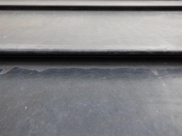 ハゼ 汚れ 横葺き トタン屋根