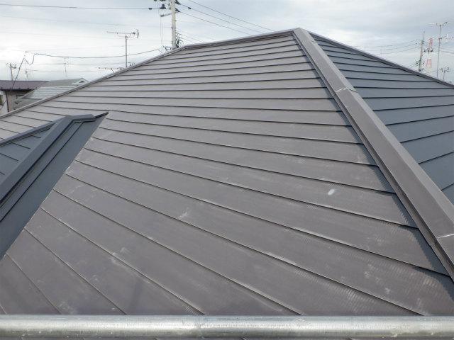 トタン屋根塗装 ケレン 下地処理 目荒らし 宮城県石巻市仙台市
