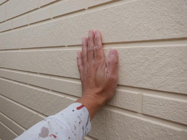 外壁 湿ってる