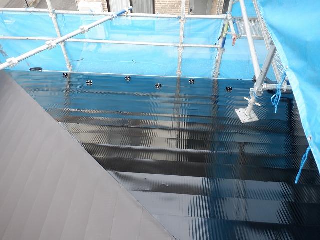 トタン屋根 上塗り1回目