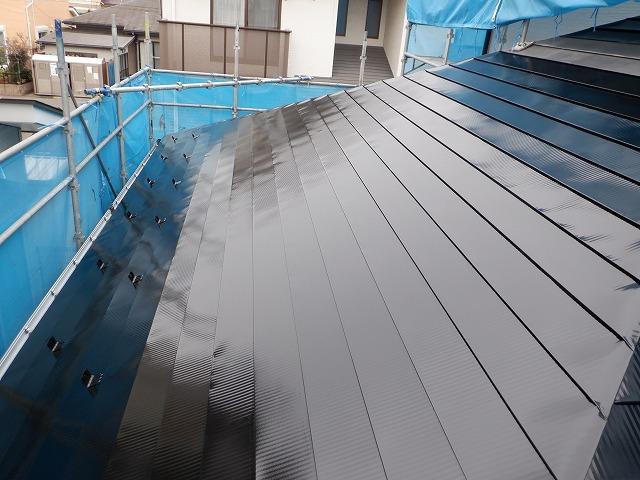 西面 トタン屋根 上塗り1回目