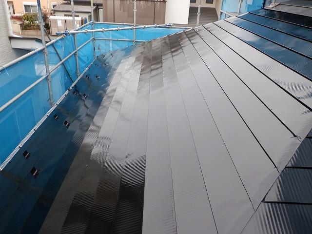 西面 トタン屋根 塗装